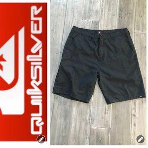 Quicksilver Shorts EUC